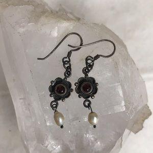 .925 sterling silver freshwater pearl vtg earrings